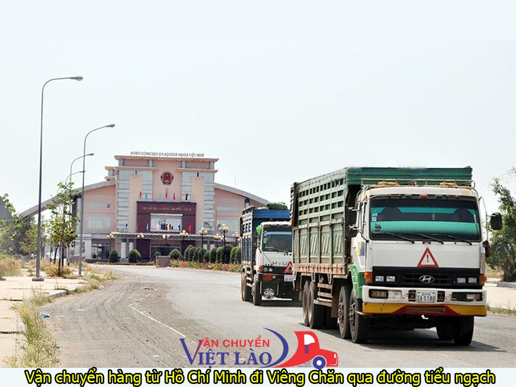 vận chuyển hàng từ Hồ Chí Minh đi Viêng Chăn qua đường tiểu ngạch