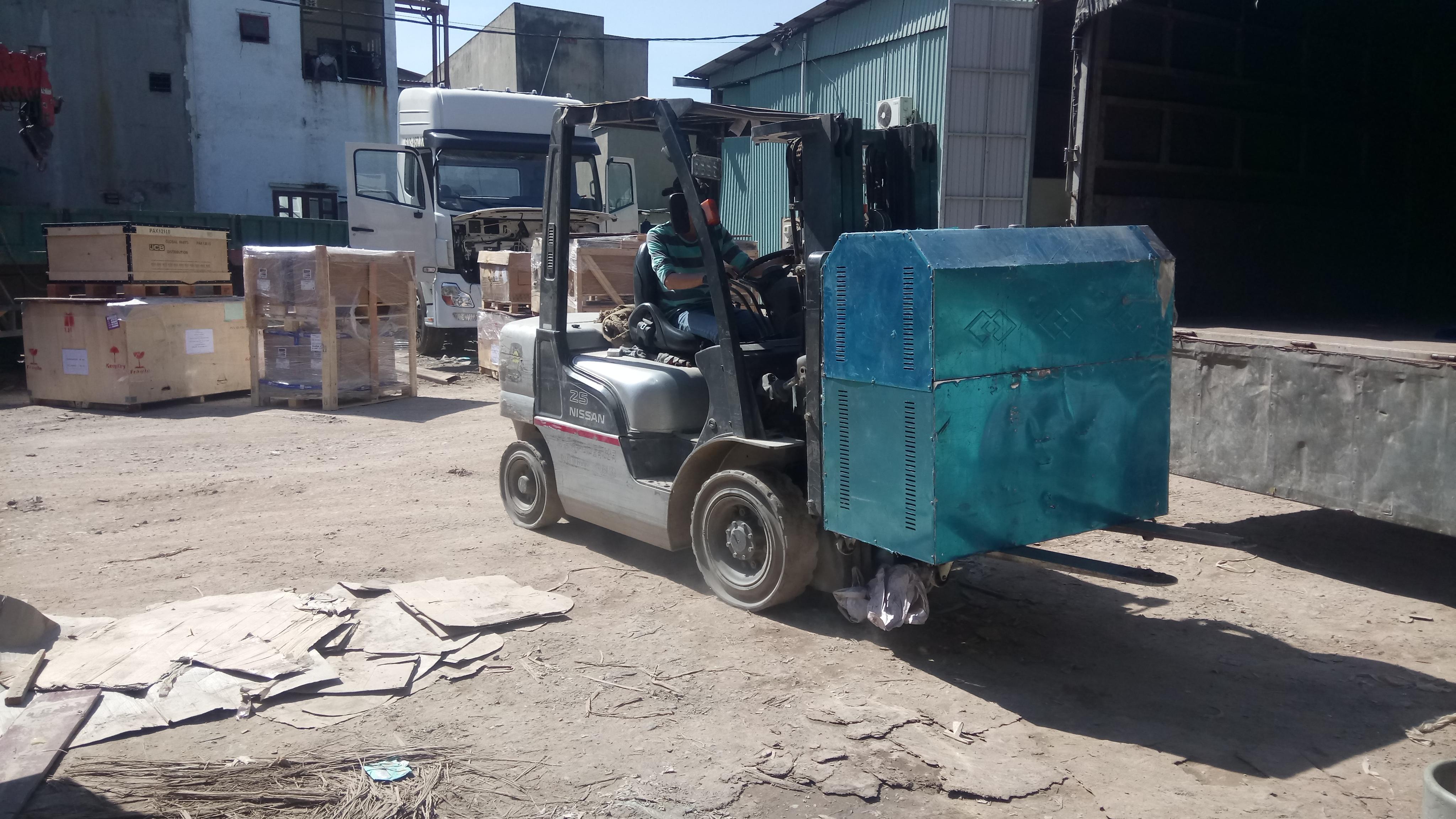 Vận chuyển hàng quá cảnh đi Lào
