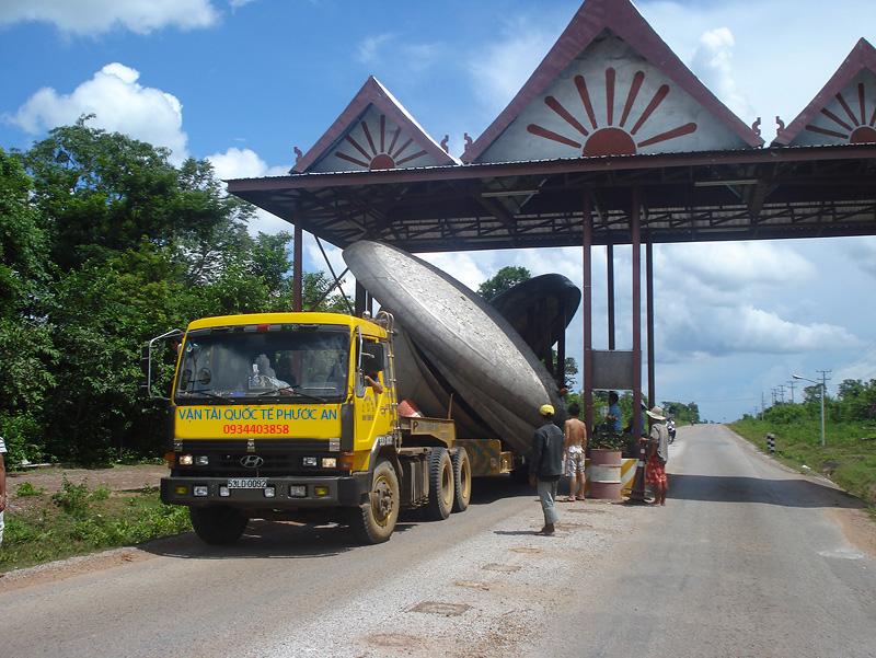 Dịch vụ chuyển hàng đi Lào uy tín giá rẻ