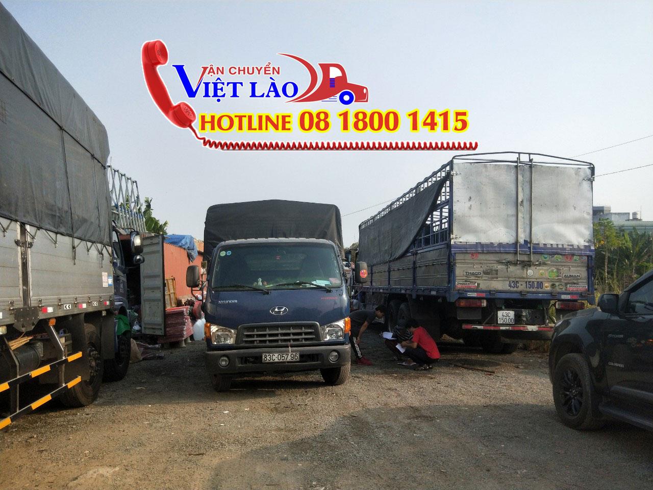 Kho bãi chuyển hàng đi Lào