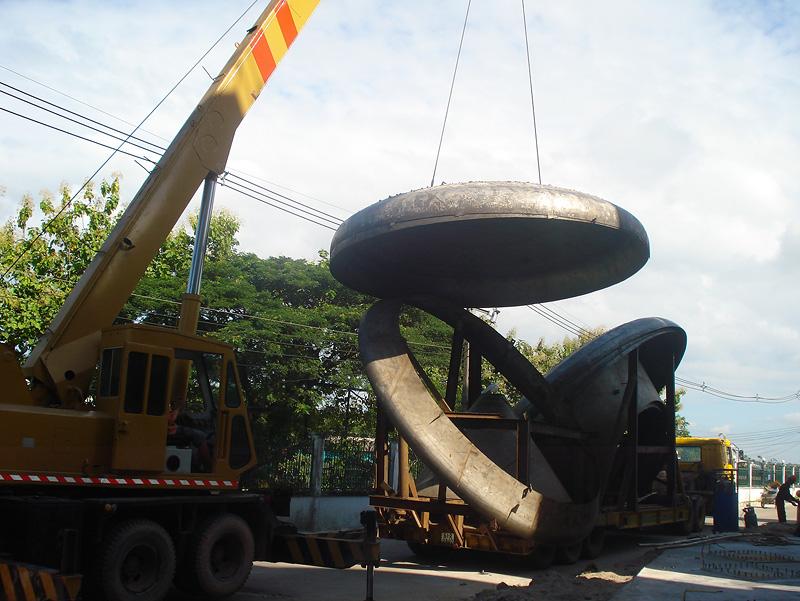 Vận chuyển hàng đi thủy điện Nam Emoun