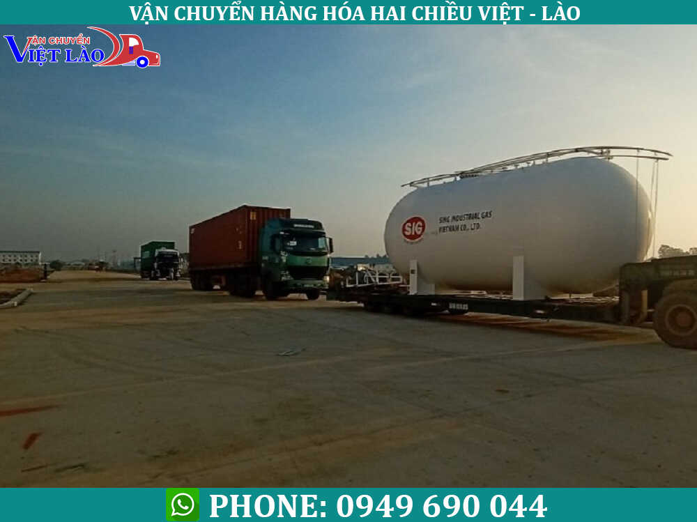 Van-chuyen-hoa-chat-di-Lao