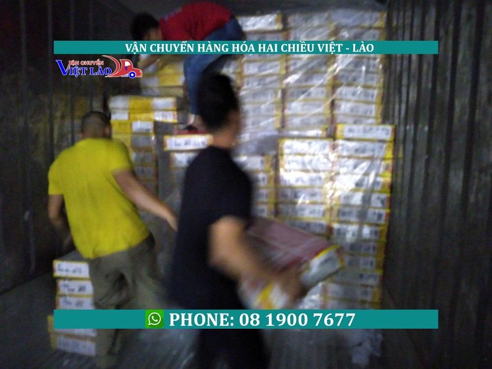 Cách vận chuyển hàng thịt đông lạnh đi Lào